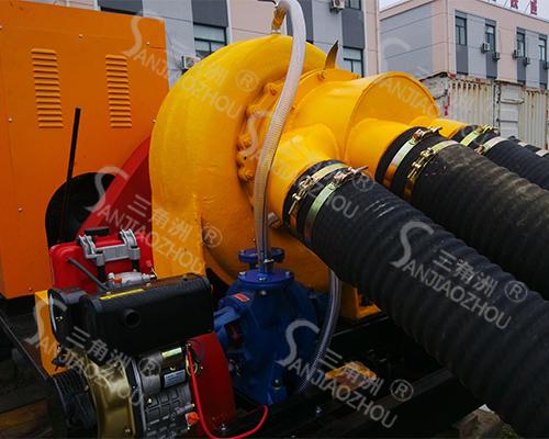柴油机防汛泵车