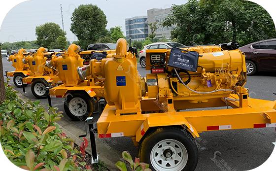 防汛泵车2